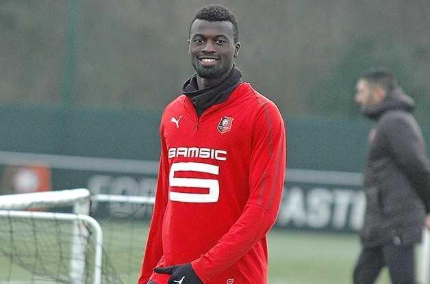 Inquiet, Niang peut souffler... Rennes paye son option d'achat ! (officiel) — Mercato