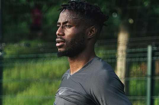 Clarence Seedorf écarte un joueur de Pro League de sa liste — Cameroun